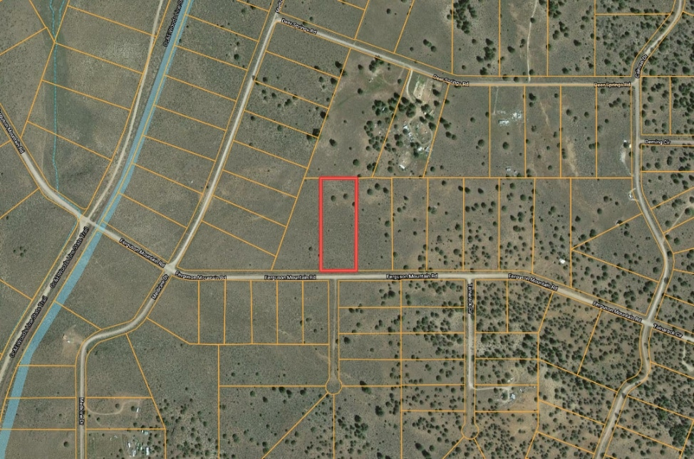 3.02 Acres, Small Raw Land For Sale in Chiloquin Oregon